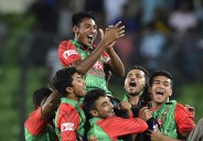 Mustafizur Rahman's 6 for 43 helped Bangladesh beat India by six wickets in the second ODI in Mirpur and complete a series win © AFP